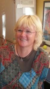 Unsere Sekretärin Evelyn Topp